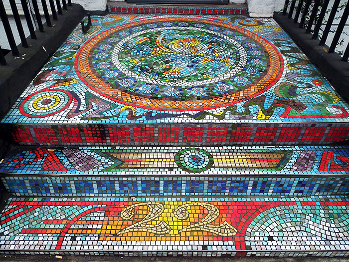 The mosaic doorstep at number 22 Tavistock Place